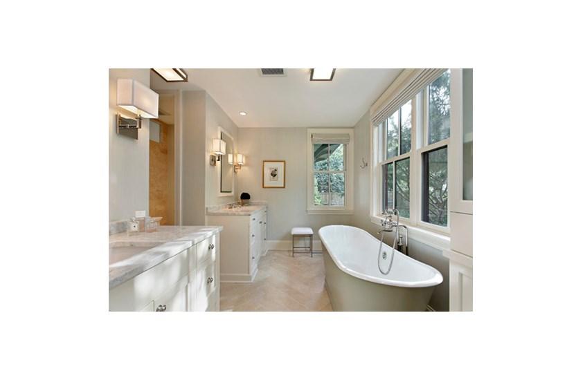 Brazil White Ice Berg Marble Bathroom and Kitchen Countertops 4