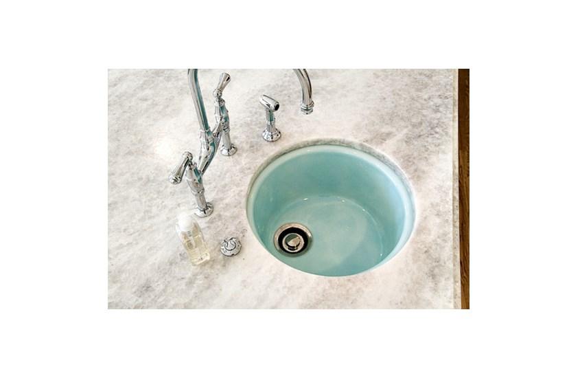 Brazil White Ice Berg Marble Bathroom and Kitchen Countertops 5