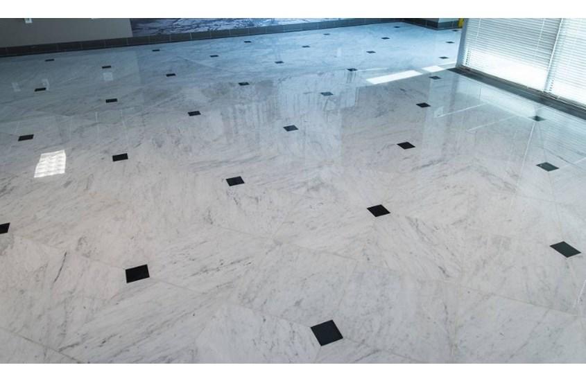 Italian Carrara White Marble Polished Bathroom Flooring