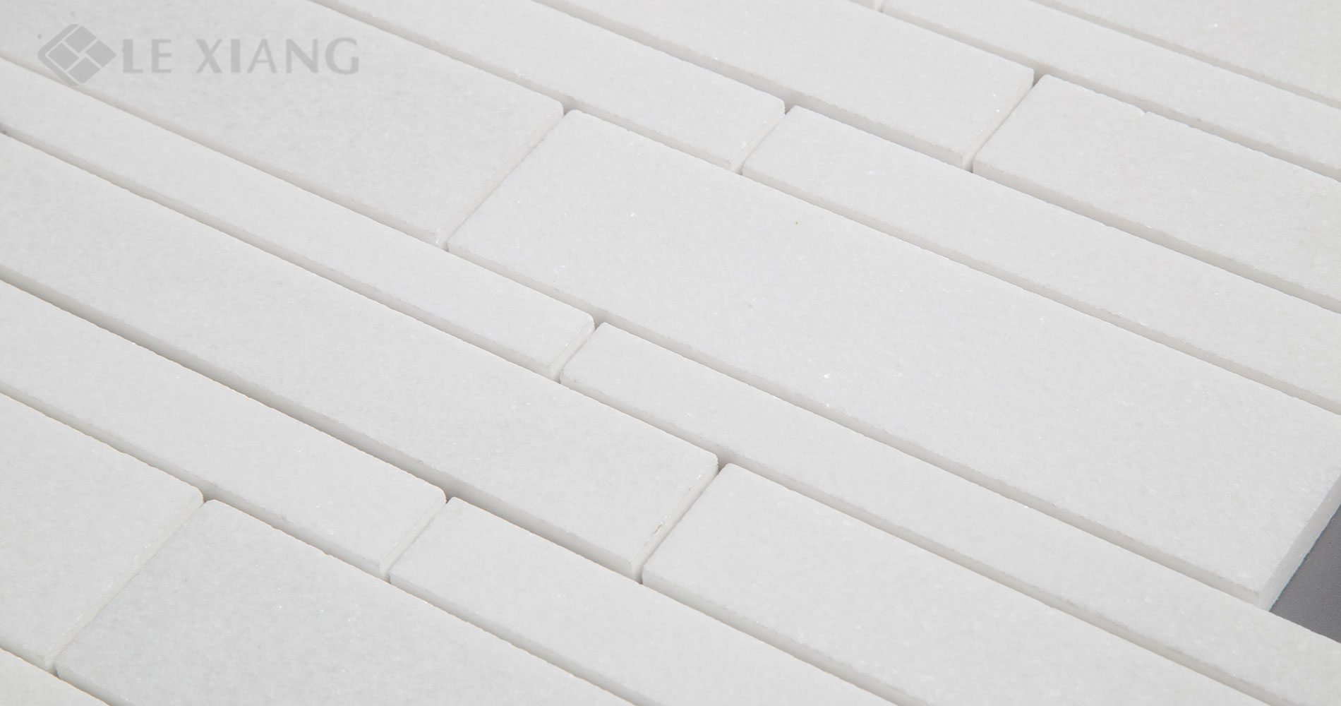 Marble-Strip-Mosaic-Tile-For-Kitchen-Backsplash-And-Bathroom-Floor-Backsplash-Wall-3-7