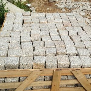 G682 Yellow Granite Cubes Outdoor Gardern Pavers-5