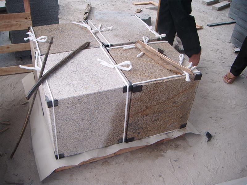 G682 Yellow Granite Cubes Outdoor Gardern Pavers-8