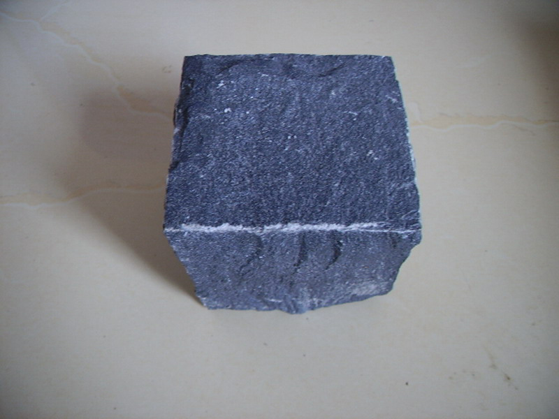 G685 Black Granite Cube Garden Paving Stone-2