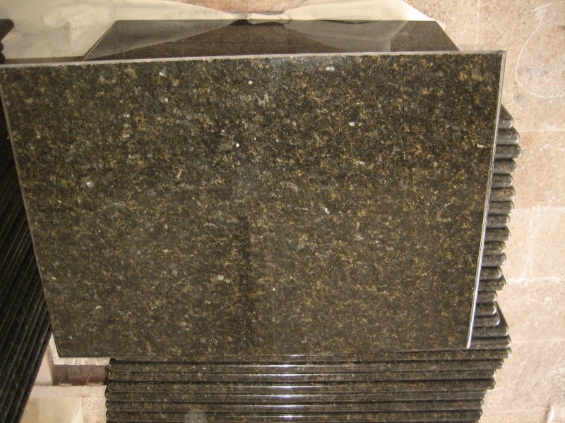 Uba Tuba Granite Green Color Kitchen Countertop