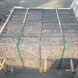 Black Bush-hammered Granite G654 Kerb Stones-2