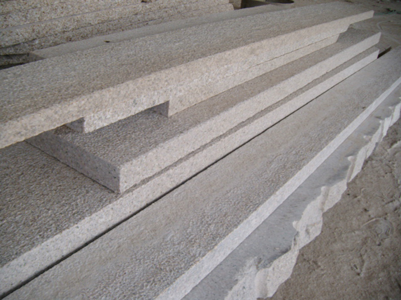 G682 Yellow Granite Flamed Finish Outdoor Stairs-1