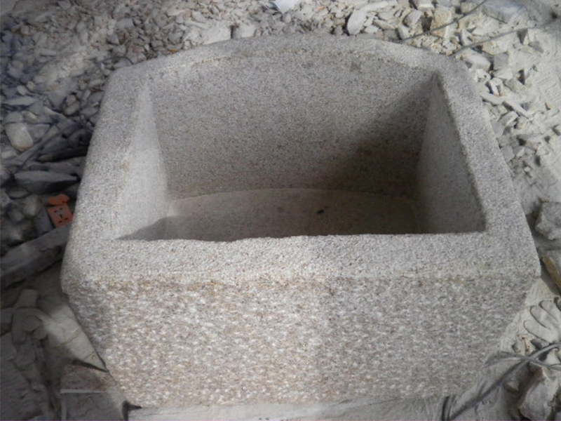 G682 Yellow Granite Stone Trough Customizable-2